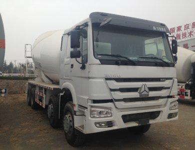SINOTRUK Howo 8x4 12cbm Concrete Mixer Truck