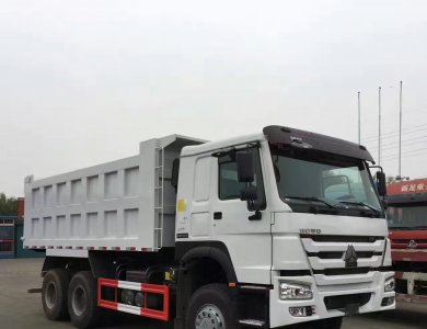 transport sand and construction material howo 336hp dump truck