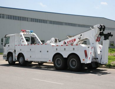 SINOTRUK 8x4 Road wrecker for sale