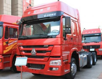 HOWO high cabin double deck 6X4 380HP Tractor Truck
