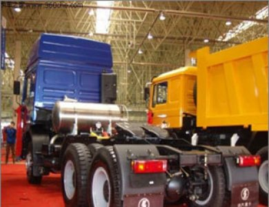 SHACMAN 6x4 LNG tractor truck