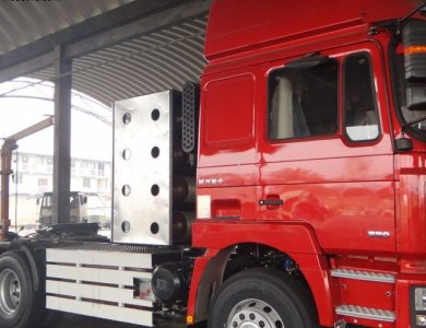 SHACMAN F3000 6x4 cng tractor truck