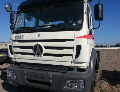 North Benz 6x4 Tractor Head Beiben trucks and trailers