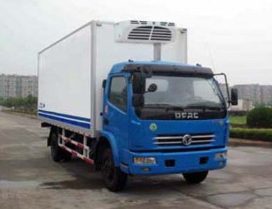 DONGFENG 4x2 Refrigerator truck for sale