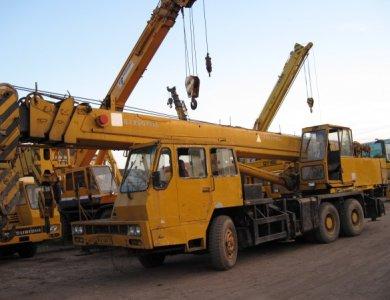 XCMG Crane QY70K China 70 tons truck crane