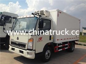 Sinotruk CNHTC 4X2 5T Refrigerator Truck Freezer Trucks for sale