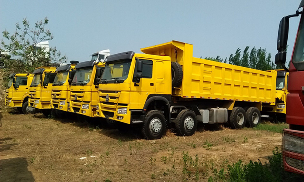 howo 12 wheel dump truck for sale