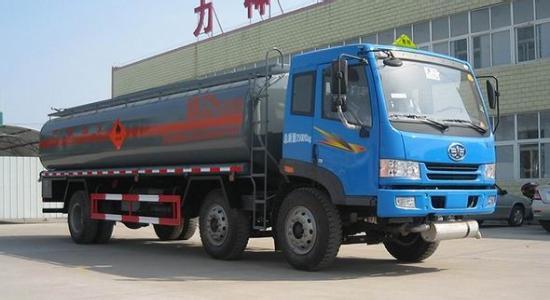 FAW 8x4 fuel tanker truck