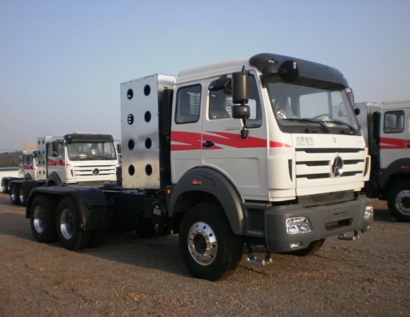 BEIBEN North Benz CNG Tractor Truck 380hp NG80
