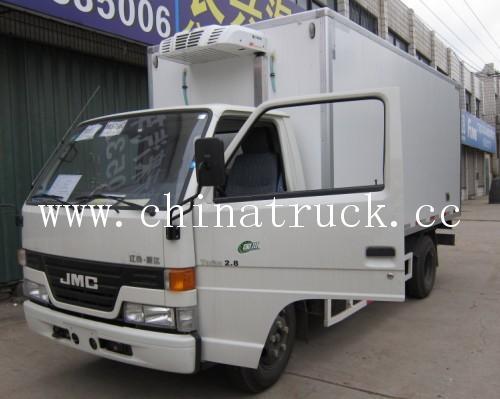 JMC 4x2 4T small Refrigerator Truck