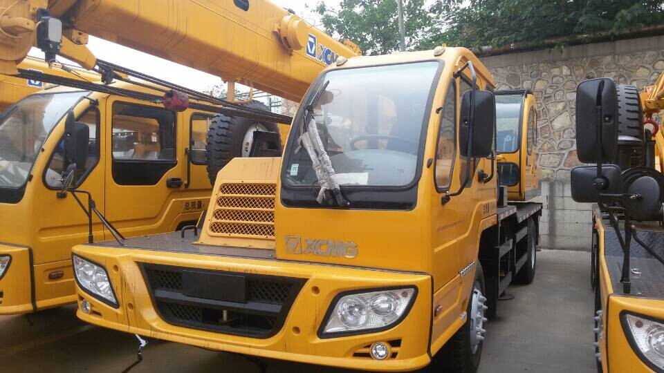 XCMG Crane QY25K5 China 25 tons truck crane